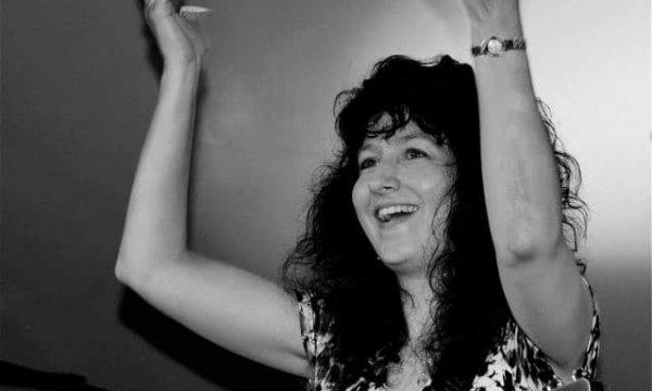 Donna-Herula-Mississippi-Valley-Blues-Fest-Hands-Up