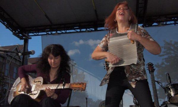 Liz-Mandeville-Donna-Herula-Washboard
